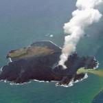 【最新情報】西之島の新島がいつまにかさらにデカクなっていた!?今後さらにデカクなる可能性あり!!【画像】